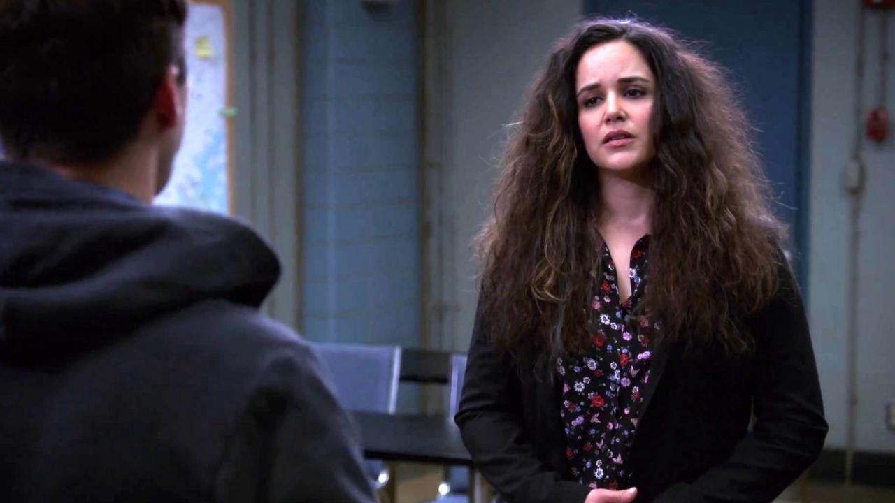 Brooklyn Nine-Nine: Amy Thinks Practice Tests Are Worthless