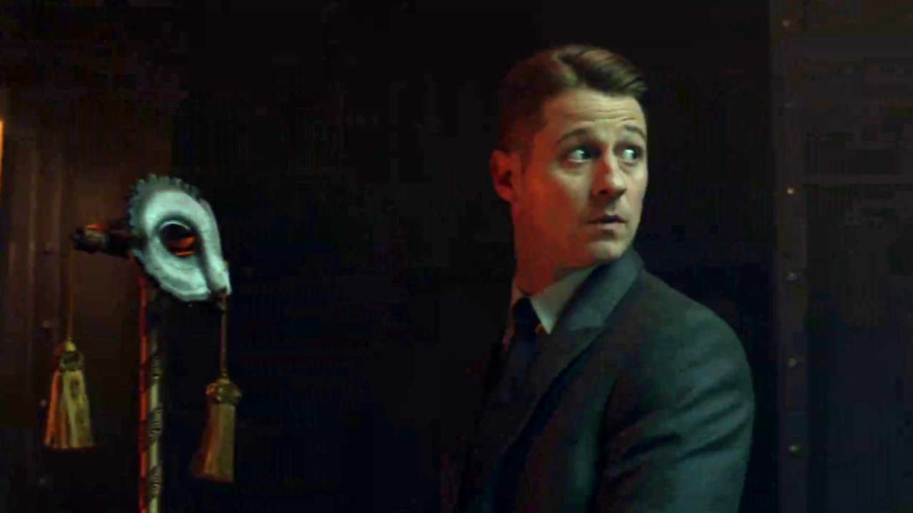 Gotham: Gordon Recovers Dna From A Mask