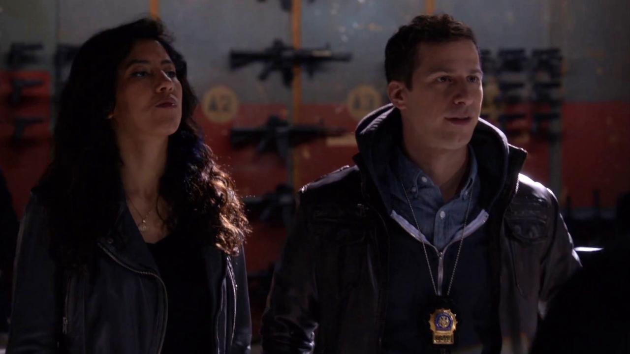 Brooklyn Nine-Nine: Hawkins Is Impressed By Jake And Rosa