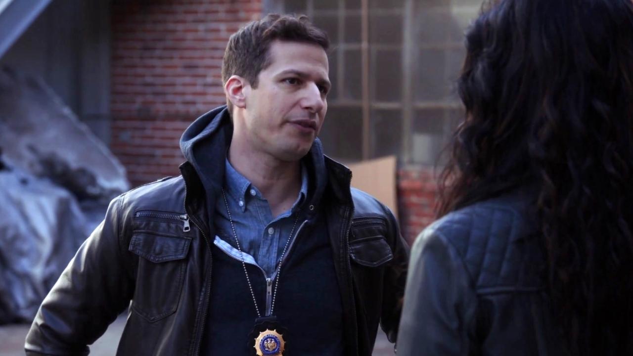 Brooklyn Nine-Nine: Jake And Rosa Want The Same Spot
