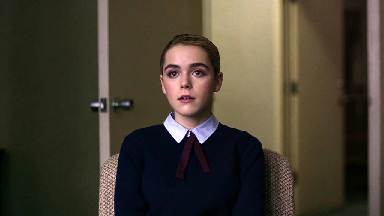 The Blackcoat's Daughter (Clean Trailer)