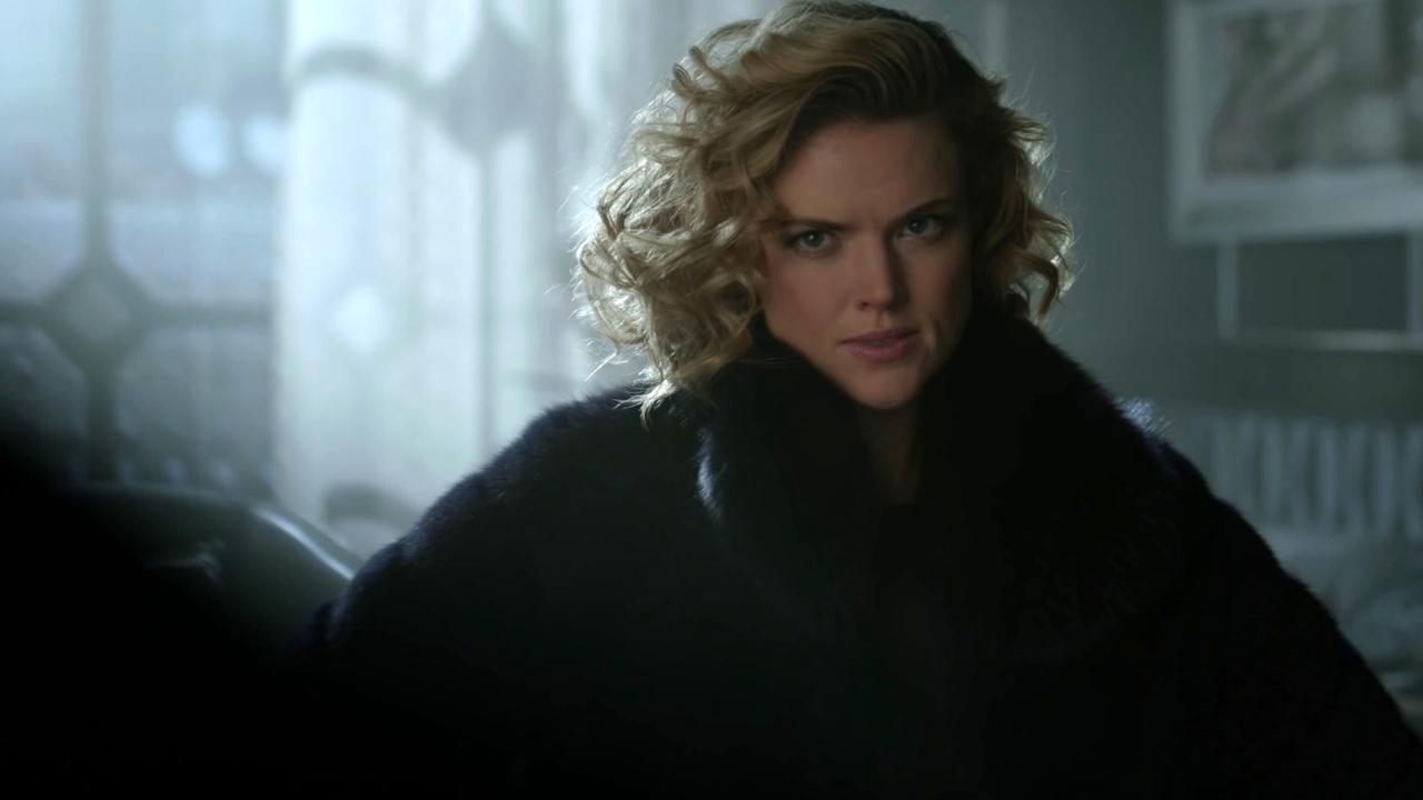 Gotham: Barbara Plans To Kill Penguin Again