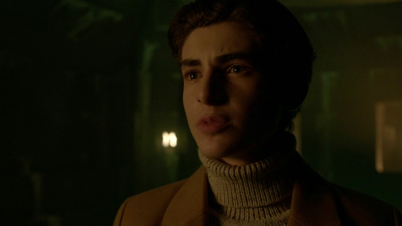 Gotham: Bruce Finds The Demon's Head