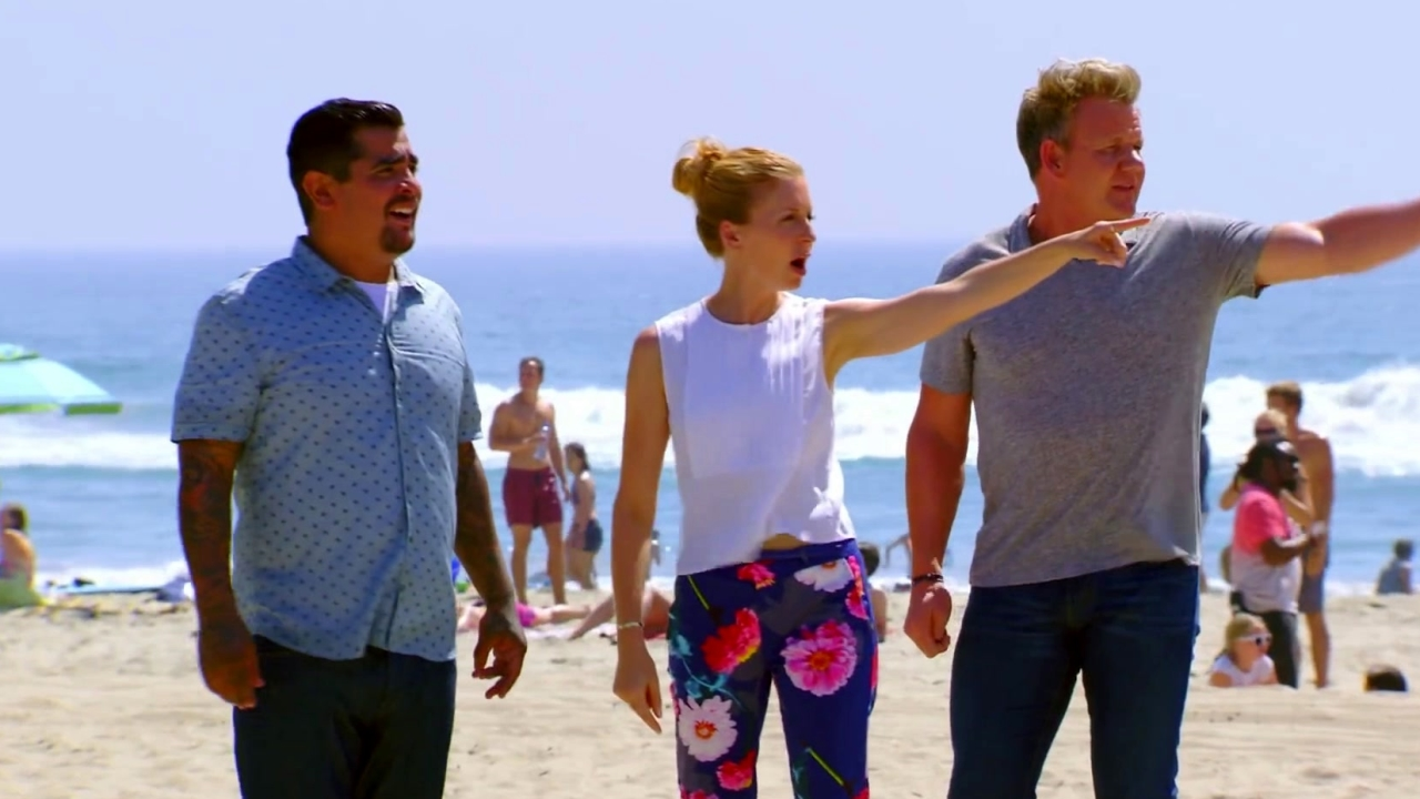 Masterchef: The Life Guards Arrive From The Sea And The Land