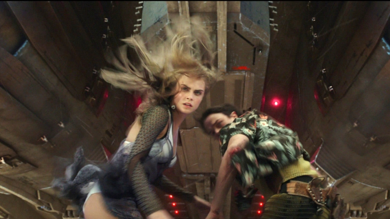 Valerian And The City Of A Thousand Planets: Jump