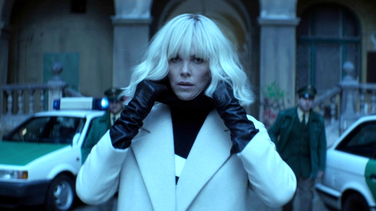 Atomic Blonde: Fight Like A Girl (Featurette)