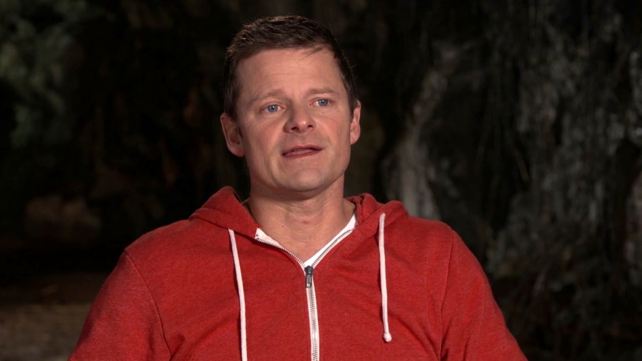 War For The Planet Of The Apes: Steve Zahn On The Ice Lodge (International)