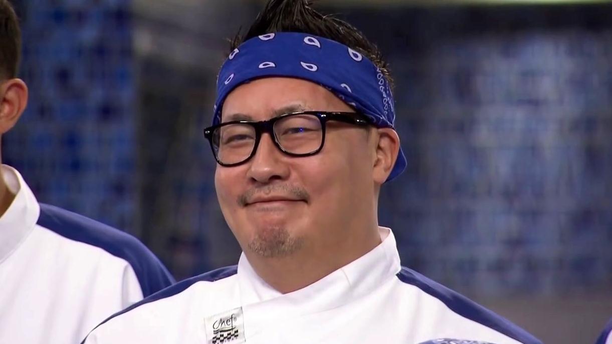 Hell's Kitchen: Demonstration: Chef Ramsay Makes Dumplings