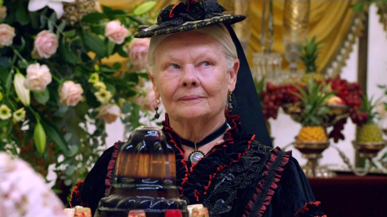 Victoria And Abdul: Long Live The Queen (Featurette)