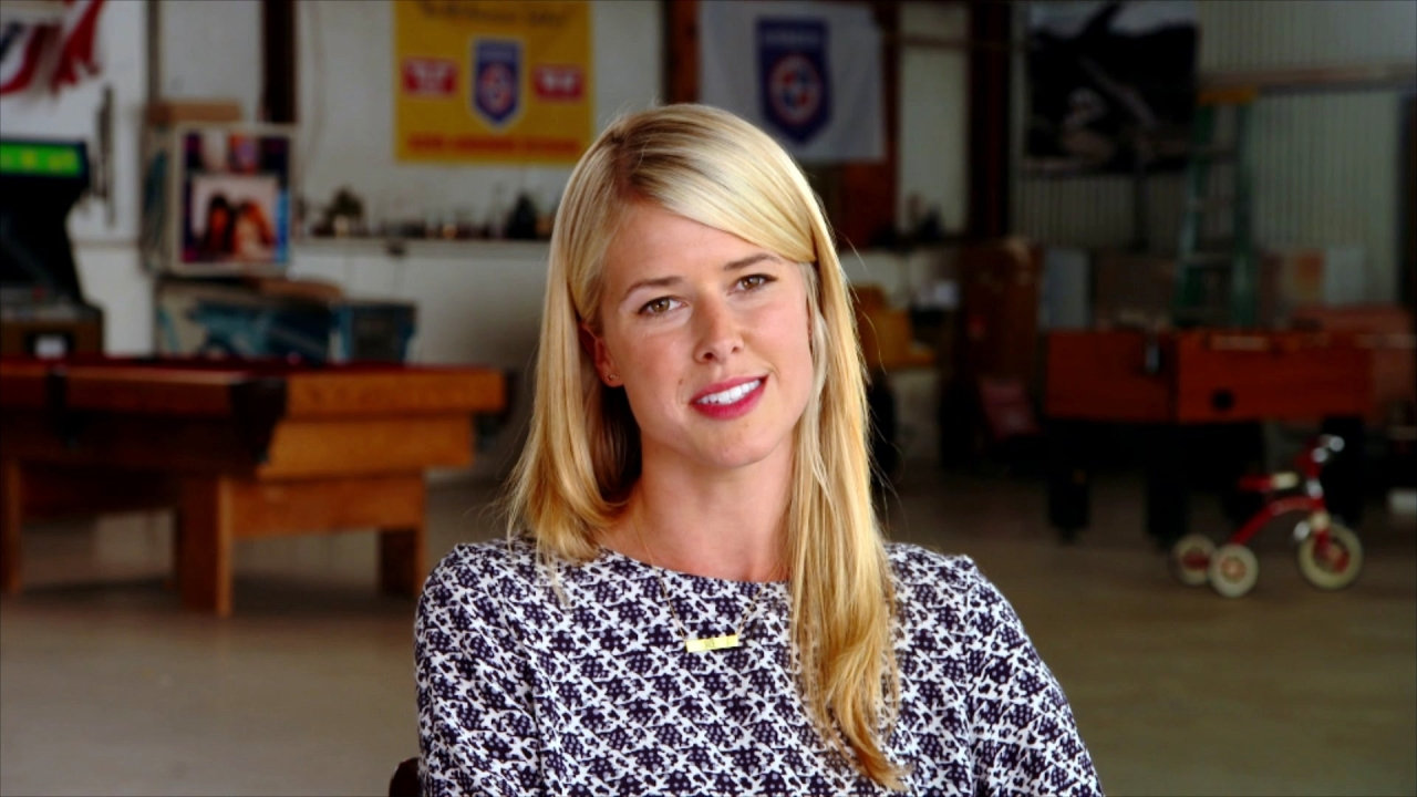 American Made: Sarah Wright On Her Character 'Lucy Seal'
