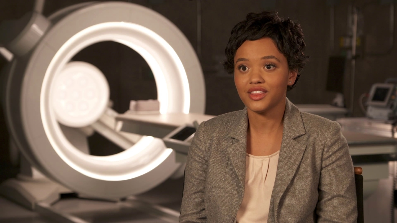 Flatliners: Kiersey Clemons On Why 'Sophia' Wants To Flatline
