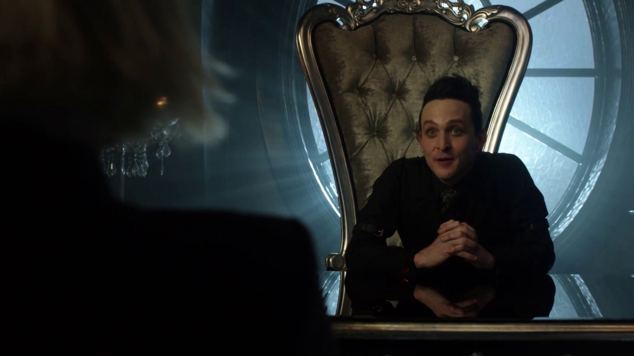 Gotham: A Dark Knight: Barbara Tries To Purchase A Knife Before The Auction
