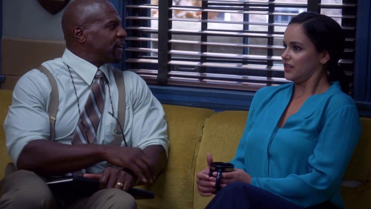 Brooklyn Nine-Nine: Rosa & Pimento Make Out
