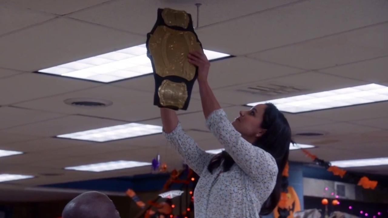 Brooklyn Nine-Nine: The Championship Belt Goes Missing