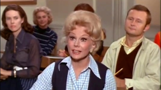 Green Acres: Lisa Goes To College