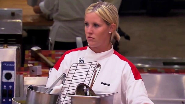 Hell's Kitchen: Nedra And Amanda Battle Over Cold Tuna