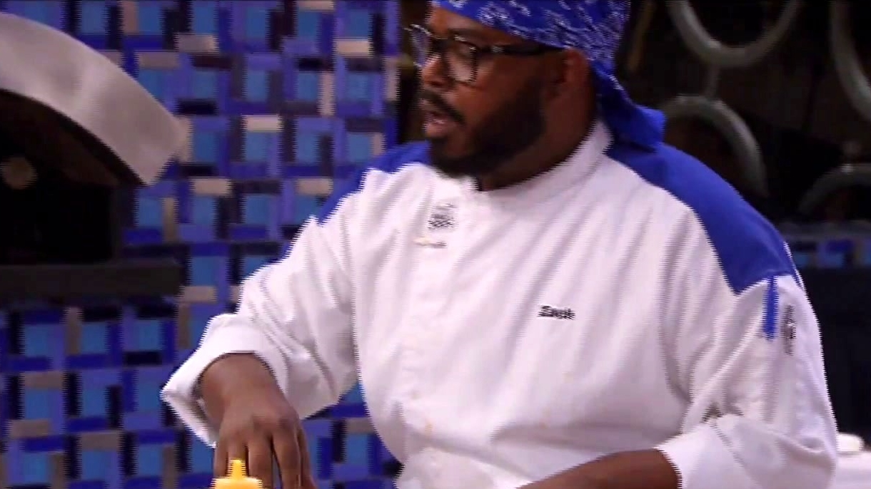 Hell's Kitchen: Chef Ramsay Takes It Out On Zach