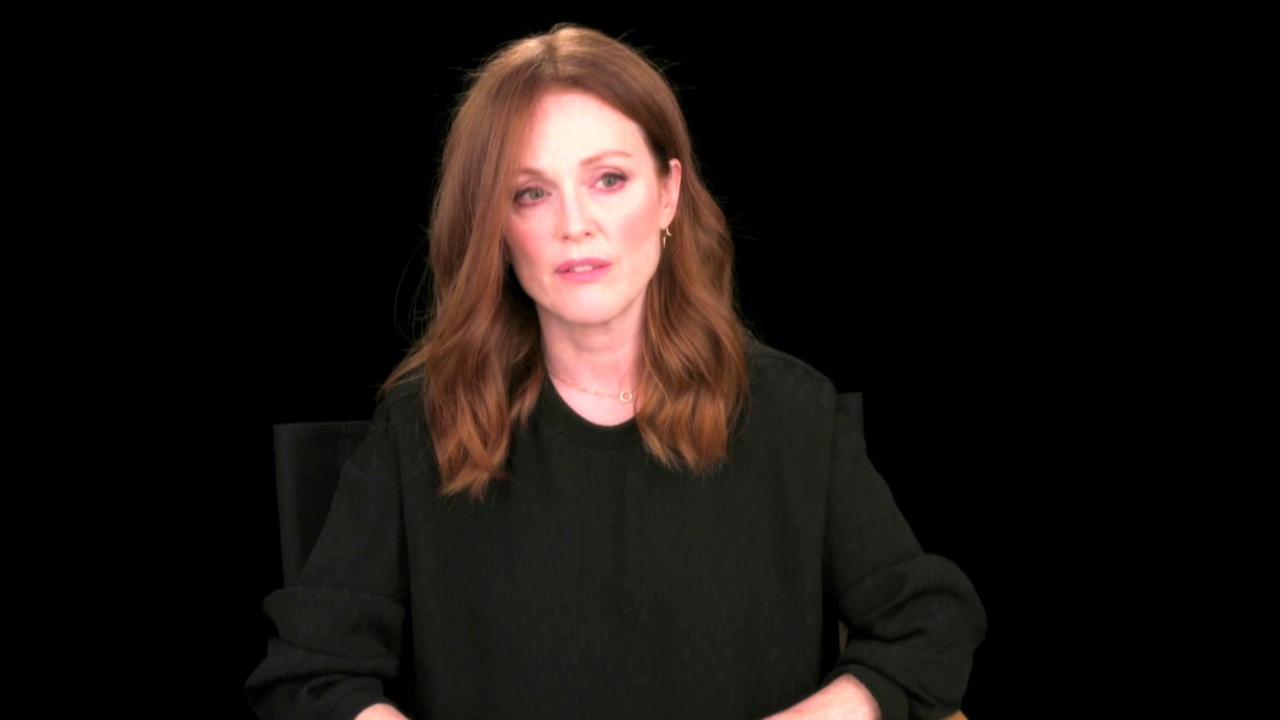 Suburbicon: Julianne Moore About George Clooney (International)