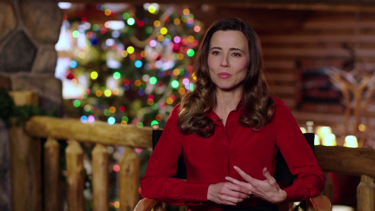 Daddy's Home 2: Linda Cardellini On What's New In The Sequel