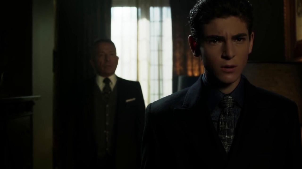 Gotham: Bruce & Alfred Discuss Ra's Al Ghul's Death