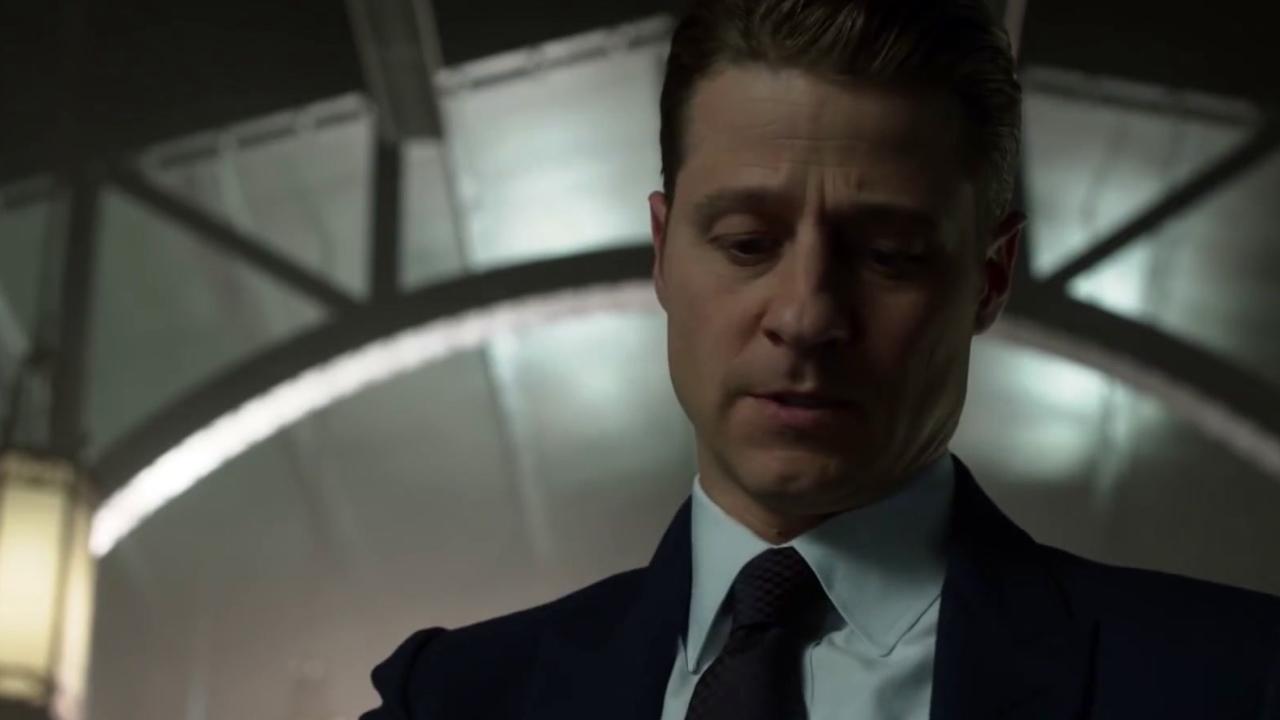 Gotham: Professor Pyg Sends A Message To The Gotham Police Department