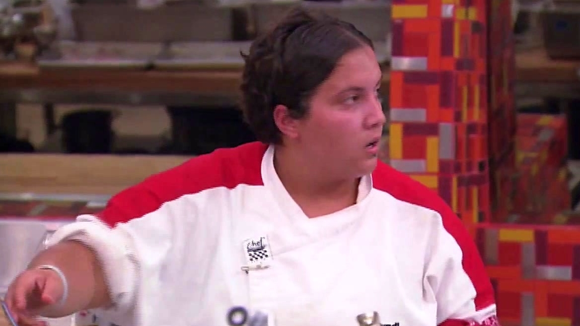 Hell's Kitchen: Cyndi Is Too Excited To Cook Her Fish