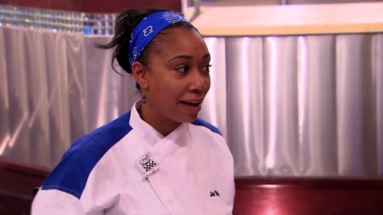 Hell's Kitchen: 5 Chefs Compete: Part 2 of 3