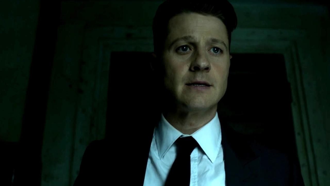 Gotham: A Dark Knight: Things That Go Boom