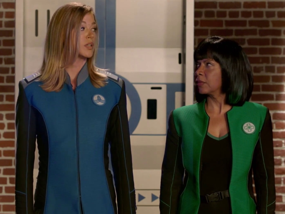 The Orville: Alara Uses Boxing To Cope With A Lieutenant's Death