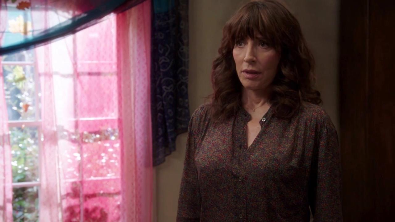 Brooklyn Nine-Nine: The Peraltas Meet The Santiagos