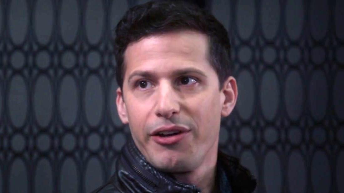 Brooklyn Nine-Nine: Terry Tells Rosa & Jake About A Novel He's Writing