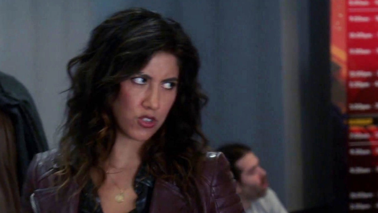 Brooklyn Nine-Nine: Terry & Jake Take Rosa To Legend Con