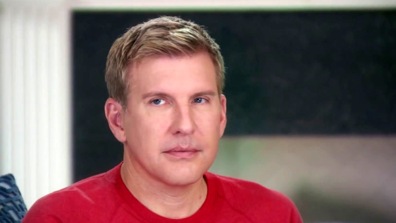 Chrisley Knows Best: Bunions, Bulldogs And Hedgehogs, Oh My!