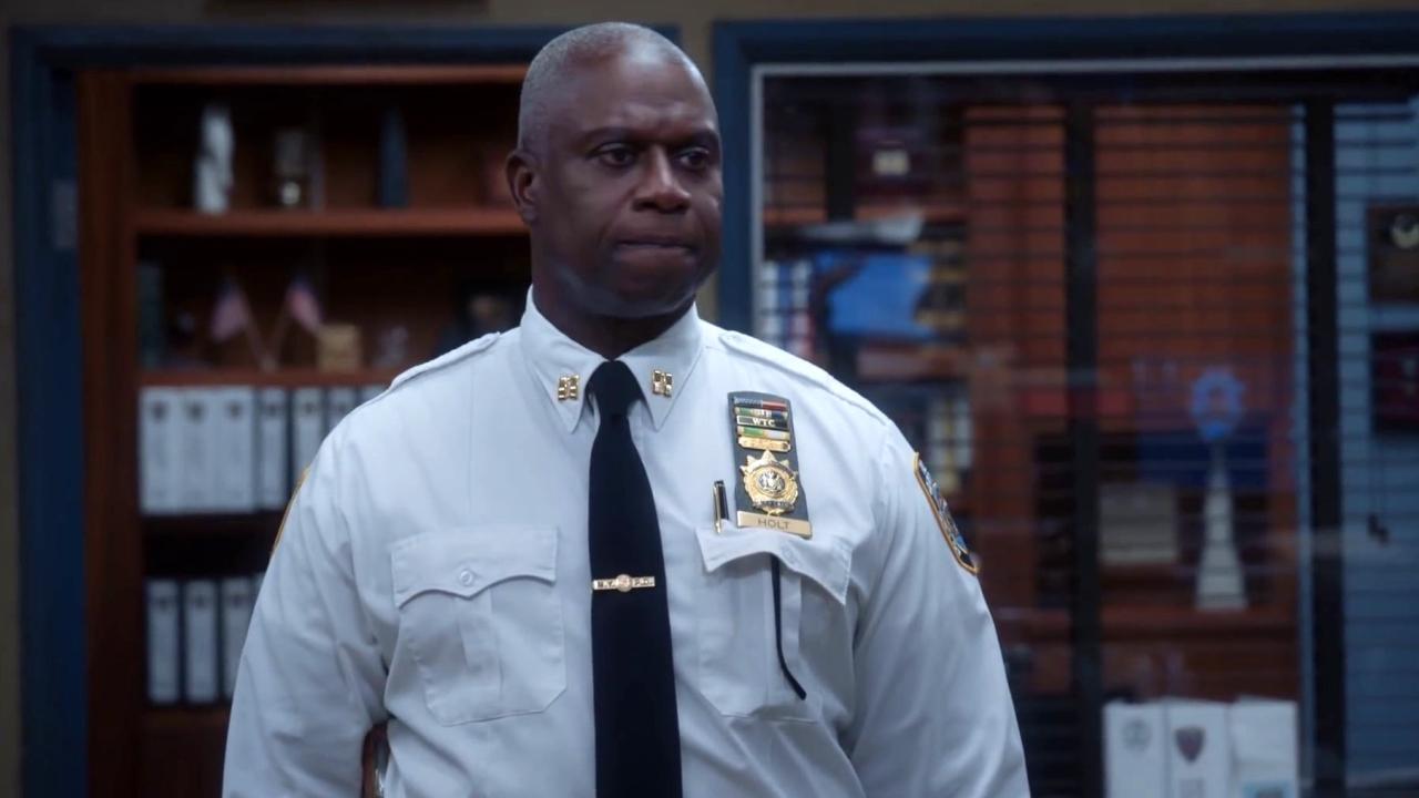Brooklyn Nine-Nine: The Precinct Has Problems With The Internet