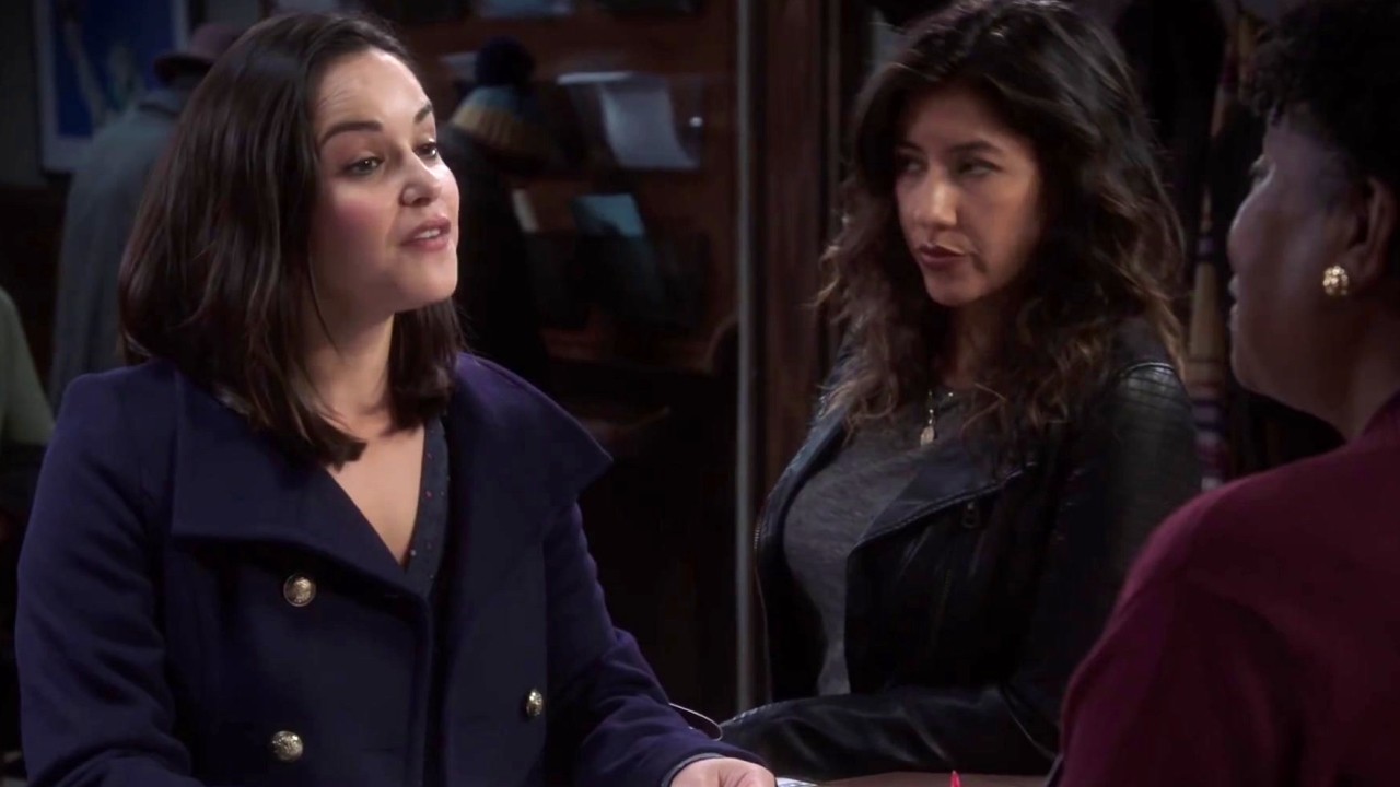 Brooklyn Nine-Nine: Amy Applies For A Block Party Request