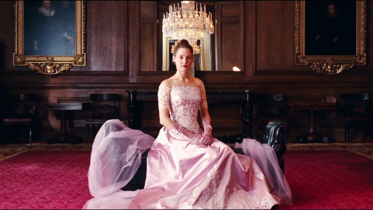 Phantom Thread: Alma