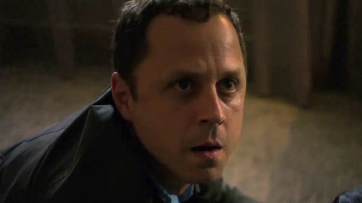 Sneaky Pete: Season 2 Official Trailer