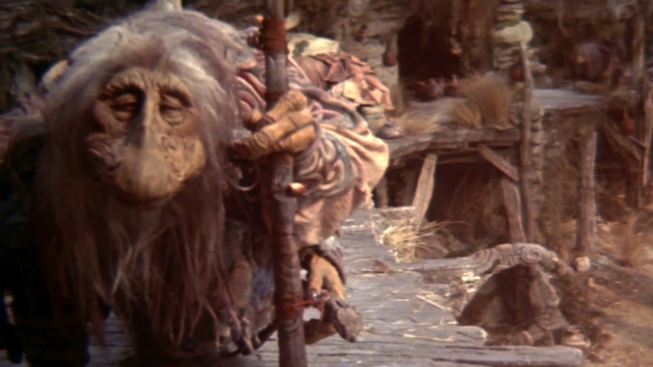 The Dark Crystal (Clean Trailer)