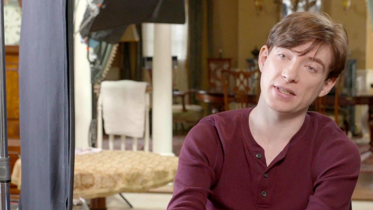 Peter Rabbit: Domhnall Gleeson On The 'McGregor Family' Vs. 'Peter'