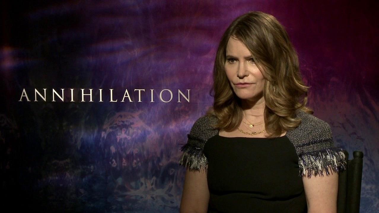 Annihilation: Jennifer Jason Leigh On Her Character