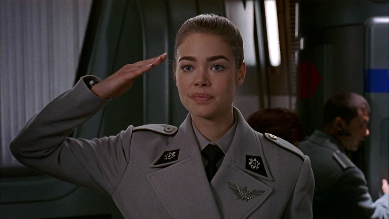 Starship Troopers (Clean Trailer)