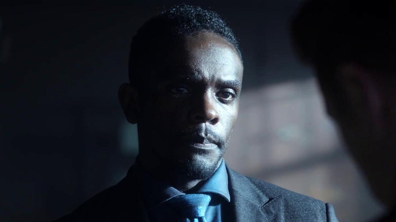 Gotham: Gordon Investigates An Assassination Attempt