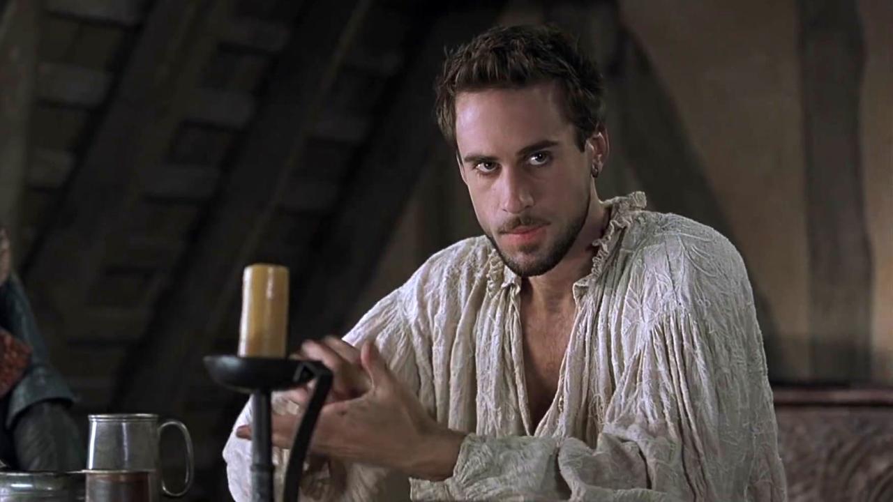 Shakespeare In Love (Clean Trailer)