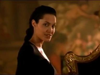 Tomb Raider (Clean Trailer)