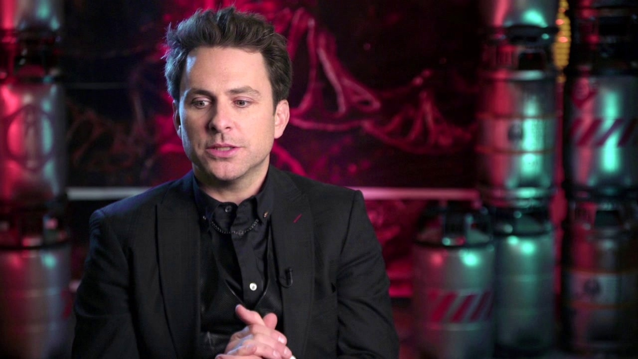 Pacific Rim Uprising: Charlie Day On His Character Newt