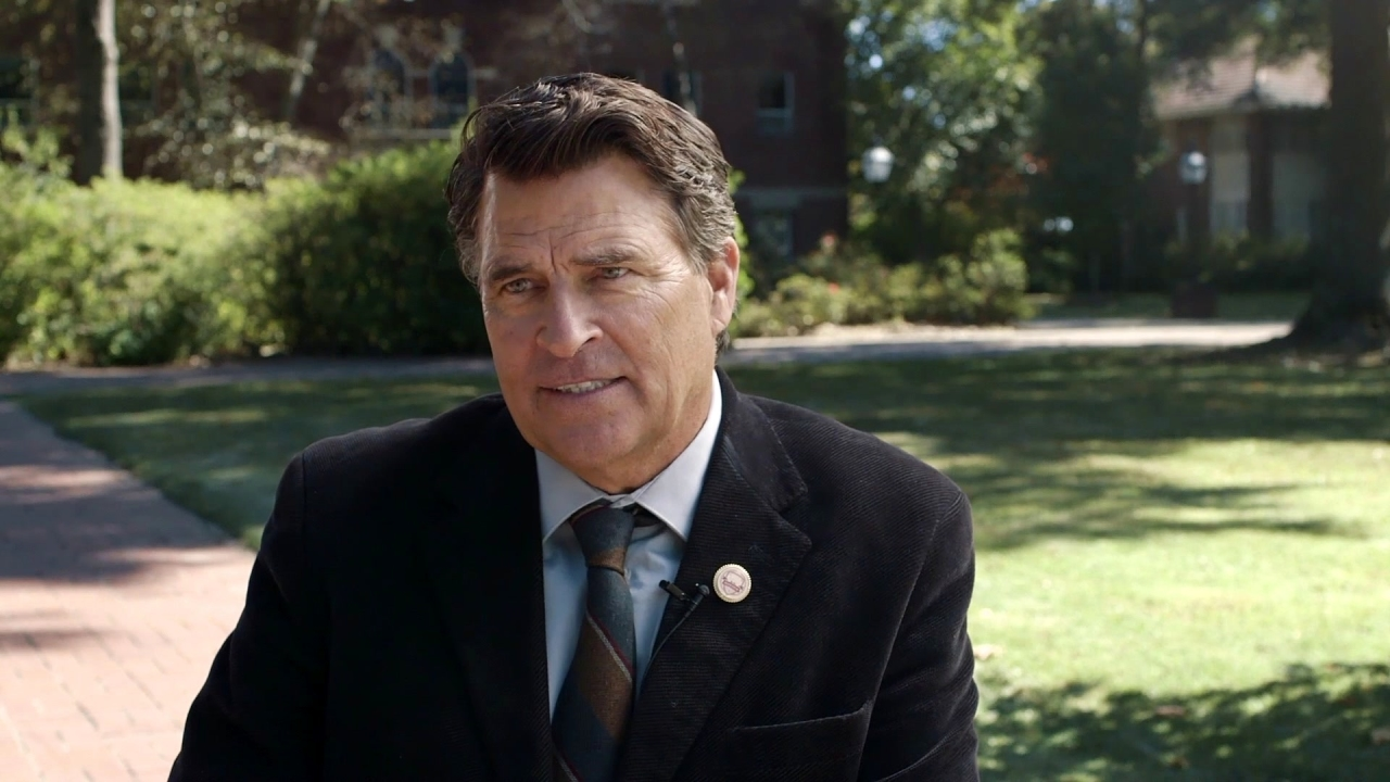 God's Not Dead: A Light In Darkness: Ted McGinley Is 'Ellsworth' (Featurette)