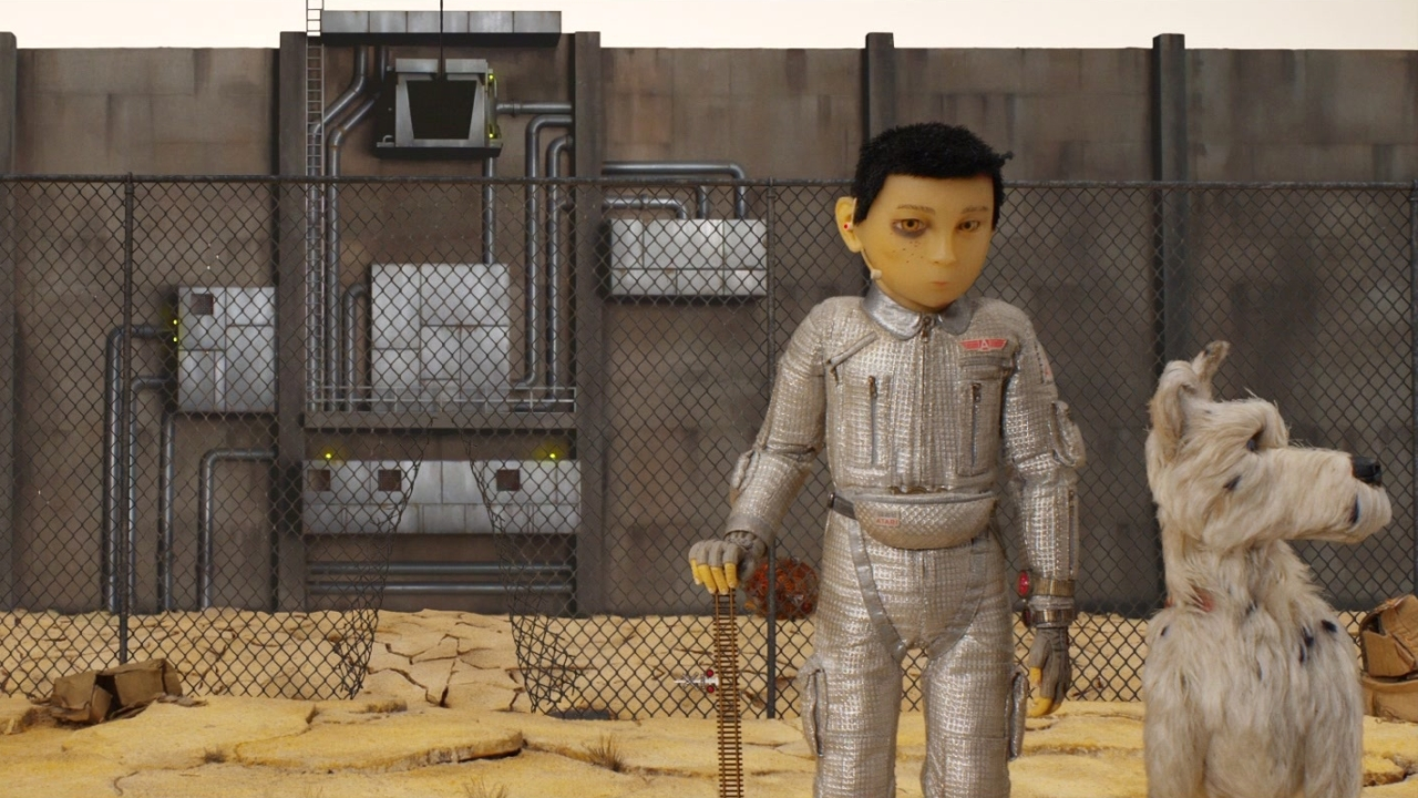 Isle Of Dogs: An Ode To Dogs On Set (Featurette)