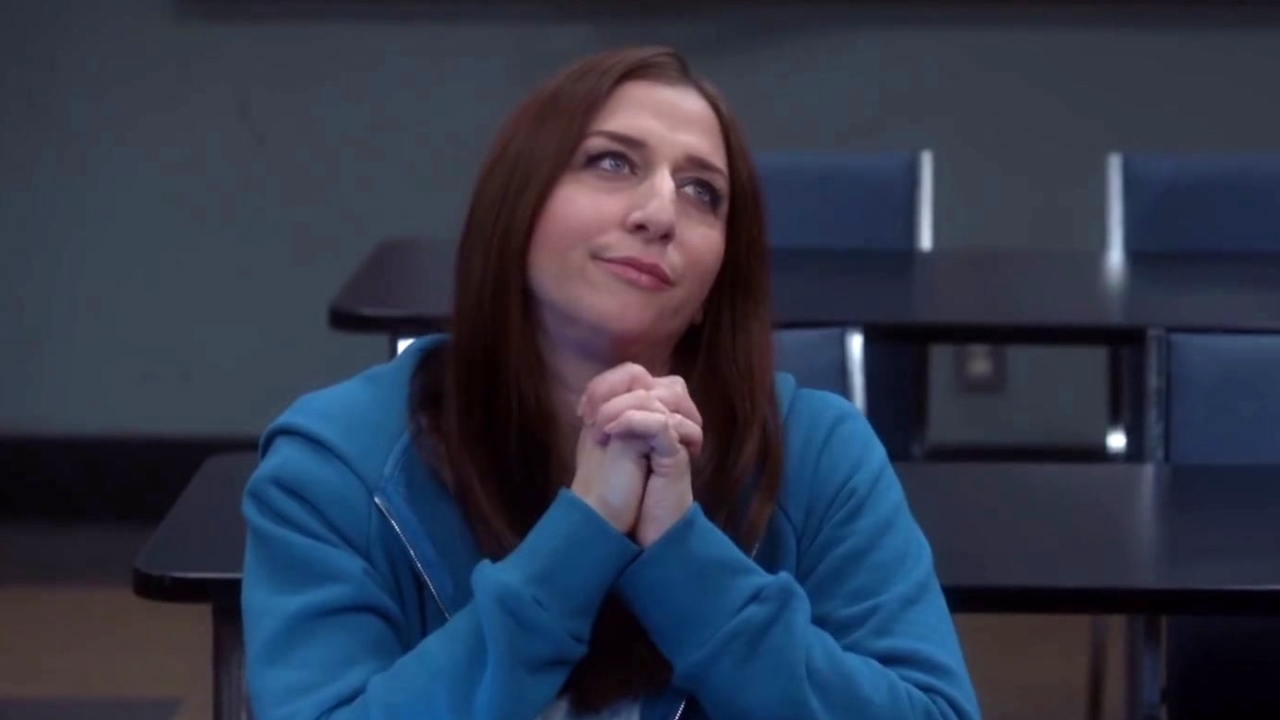 Brooklyn Nine-Nine: Gina Sets Rosa Up With One Of Her Lesbian Friends