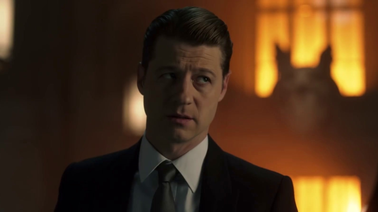 Gotham: Gordon & Harvey Try To Solve A Series Of Bank Robberies