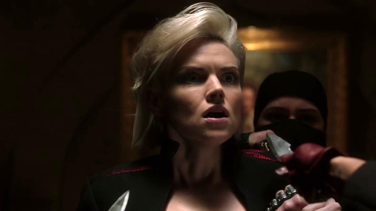 Gotham: Barbara Gets Attacked By Ninjas